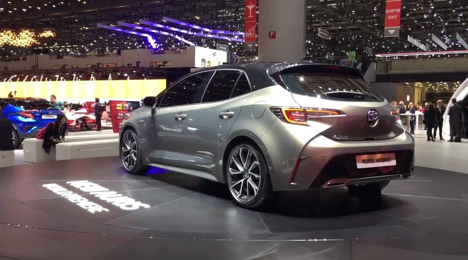 Nowa Toyota Auris 2019 Foto Hybryda Nadal