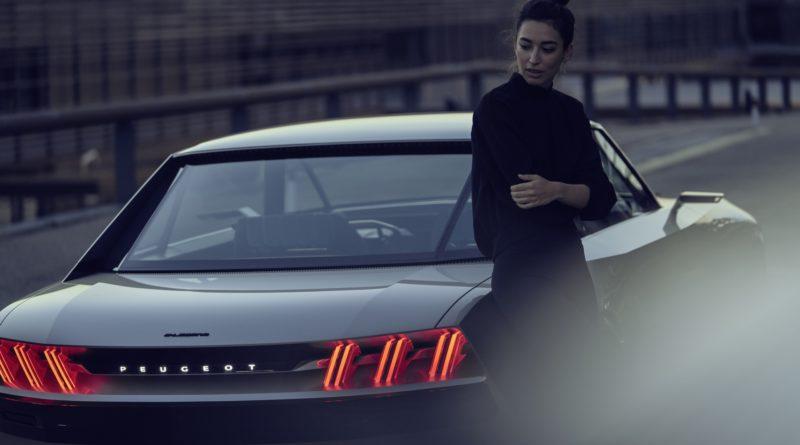Elektryczny Peugeot e-Legend Concept – 504 Coupe z nową duszą! [wideo]