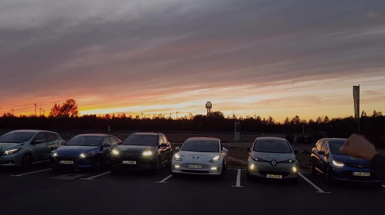 Tesla Model 3 vs Hyundai Kona Electric vs Nissan Leaf vs ...