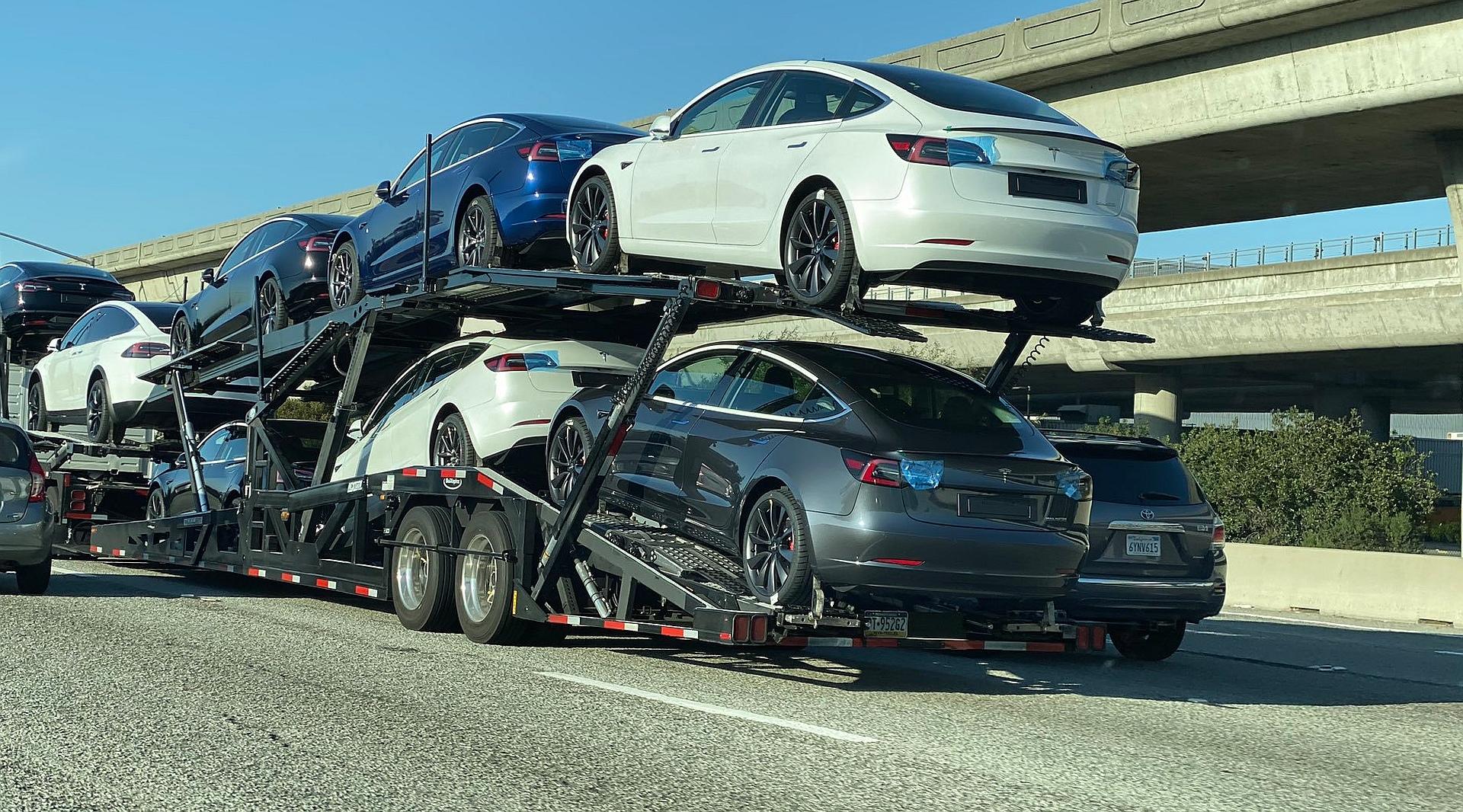 Tesla Model 3 Standard Range Plus parametry techniczne i